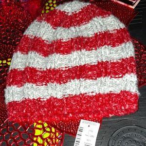 Aeropostle striped red/white BEANIE.NWT